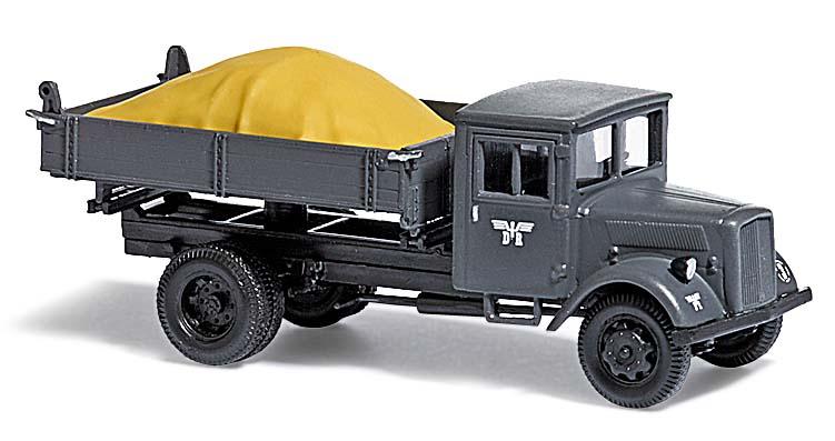 busch modellbau automodelle spiel und bastelmaterial lkw l3000 s kipplaster. Black Bedroom Furniture Sets. Home Design Ideas